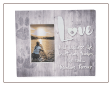 Pallet Box Memorial Pet Frame - Love That Captures